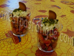 tartare de fraises à la pistache