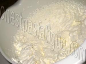 millefeuille mousse chocolat blanc et framboises_etape 3