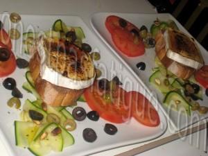 tartare courgette tomates et tartine chevre grille mielle_etape 9