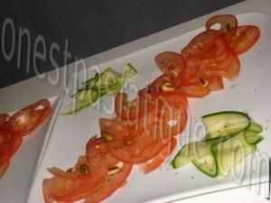 tartare tout tomates courgette et tartine chorizo grille_etape 4