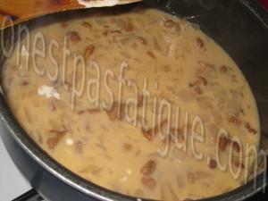 chapon fermier LR farce pomme-raisin-foie gras sauce chasseur_etape 18