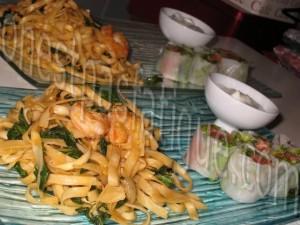 wok crevettes pimentées nouillesb