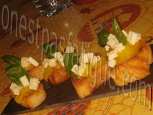 Bruschetta express poivrons feta