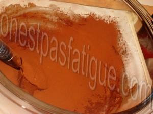 Bûche spéculoos-mirabelle, domes meringues-marron, gelee fruits rouges_etape 14